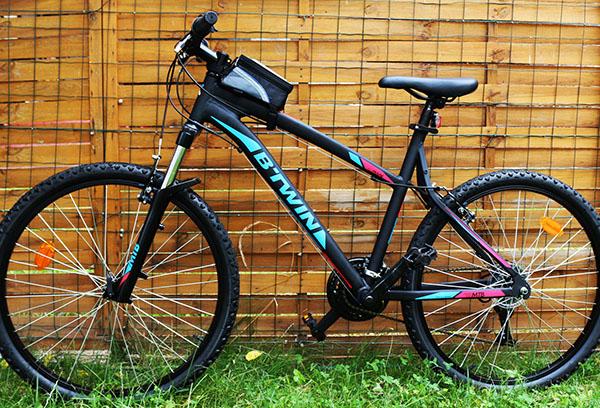 vélo avec support téléphone