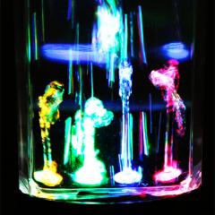 Idée cadeau geek : les enceintes à eau bluetooth