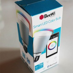 Test de l'ampoule LED connectée de BeeWi : la BBL227